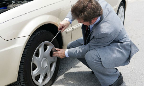 Installing Wheel Covers